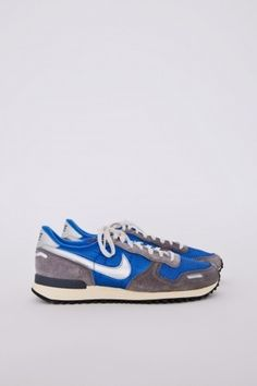 NIKE : Air Vortex Vintage Blue