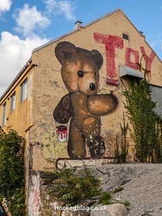 Street Art City Guide to Stavanger, Norway* Stavanger Norway, Best Street Art, Location Map, Graffiti, City, Drawings, Artist, Street Art, Painted Canvas