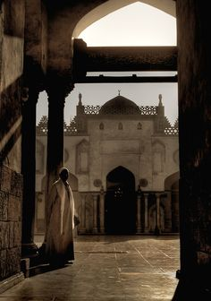 Mosque in Giza - Cairo, Egypt  By: Ivan Serra Source: GiftofLife and FattySaid Tumblr