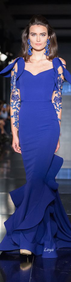 FOUAD SARKIS Fall-Winter 2014-15 COUTURE Earrings / Hair / Character / Dress
