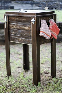 DIY Wooden Cooler Stand. NEED to make this and paint it red for the sun room!