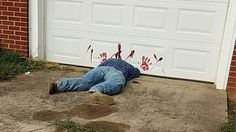 The stuffed puppet display, of a man decapitated by a garage door, spooked Tennessee residents.