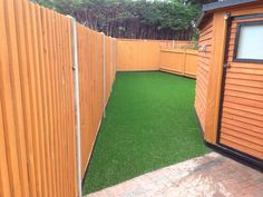 Looking Luxurious in Sutton - Trulawn #artificialgrass. For gardens of shapes and sizes!