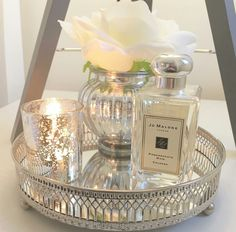 Home decorations – diy mirror Mirror Tray, Diy Mirror, Mirrored Tray Decor, Table Decor Living Room, Bedroom Decor, Bandeja Perfume, Tray Styling, Decorating Coffee Tables, Beauty Room
