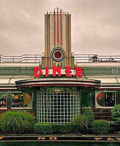 Eveready Diner, Highway 9, Hyde Park, New York ~ Copyright ©2012 Bob Travaglione ~ www.FoToEdge.com