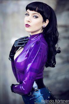 Modell:Psylocke Fotograf: Beli - LATEX