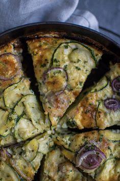 Zucchini-Frittata (low carb) ⋆ Knusperstübchen