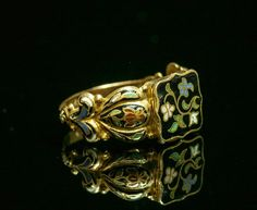 In the Swan's Shadow: Enamel secret compartment ring, 1830s
