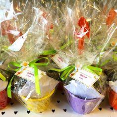 E para as crianças, o kit de plantio de sementes de girassol, com pazinha e tudo! Vai ser uma farra!!! #lepetitvert #lebrancinhaecologica #lembrancinhacriativa #lembrancinhadeaniversario #kitdeplantio #sementes #girassol #muitoamor