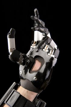 i-limb_digits_sept_2012__close_up_.jpg (2832×4256)