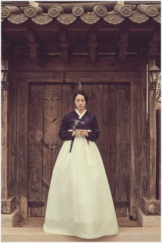 한복 Hanbok : Korean traditional clothes[dress] |