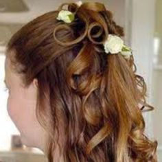 """Wedding hairstyles for long brown hair 2015 Fashup"""" Curly Wedding Hair, Hairdo Wedding, Long Hair Wedding Styles, Wedding Hairstyles For Long Hair, Bridal Hair, Long Hair Styles, Everyday Hairstyles, Wedding Gowns, Flower Girl Hairstyles"""