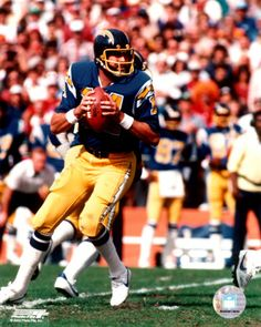 DAN FOUTS, #43 best QB in Pro Football history.......Spent all 15 seasons with the San Diego Chargers. As a rookie he took over for Johnny Unitas, who was in his 18th season and was Fouts roomate.