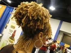 Gorgeous blond sisterlocks! (via Hair Inspiration: Blond Sisterlocks)