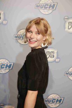 Emilie de Ravin says she won't appear in Season 7 of 'Once Upon a Time'  #RobertCarlyle #RebeccaMader #JenniferMorrison #EmiliedeRavin #JoshDallas #ColinODonoghue #OnceUponaTime