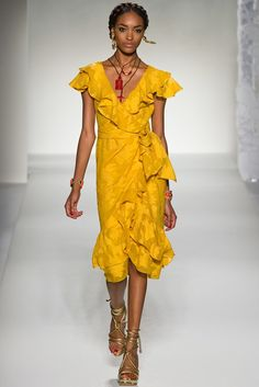Moschino Spring 2012 Ready-to-Wear Fashion Show - Jourdan Dunn