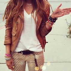 Polka dots, white tee, leather jacket.