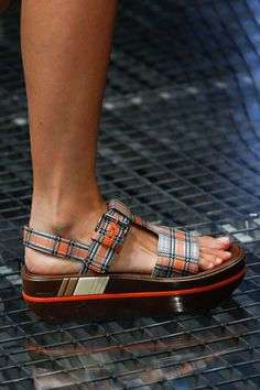 Spring 2017 Ready-to-Wear Fashion Show See detail photos for Prada Spring 2017 Ready-to-Wear collection.See detail photos for Prada Spring 2017 Ready-to-Wear collection. Pretty Shoes, Cute Shoes, Me Too Shoes, Fall Winter Shoes, Summer Shoes, Moda Fashion, Fashion Shoes, Sock Shoes, Shoe Boots