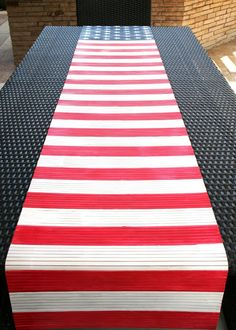 Make Pottery Barn Knock Off Flag Table Runner Modern Crafts, Arts And Crafts, Diy Crafts, 4th Of July Decorations, Decorating On A Budget, Home Improvement Projects, Fourth Of July, Table Runners, Pottery Barn