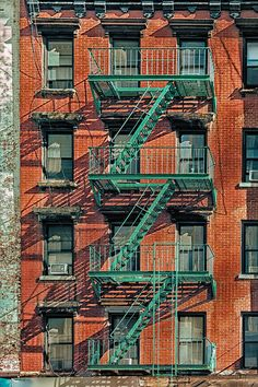 New York Life, Nyc Life, New York Art, City Aesthetic, Travel Aesthetic, Aesthetic Vintage, Aesthetic Girl, New York Buildings, Creation Photo