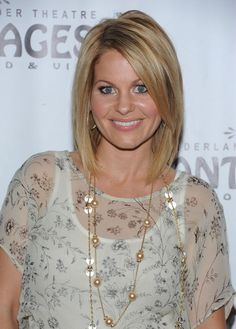 Candace Cameron Bure Mid-Length Bob - Candace Cameron Bure wore her hair in a cute layered bob with long side-swept bangs at the opening night performance of 'Wicked. Candace Cameron Bure, Candice Cameron Bure Hair, Medium Hair Styles, Short Hair Styles, Hair Medium, Bob Styles, Mid Length Bobs, Corte Y Color, My Hairstyle