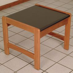 Wooden Mallet Dakota Wave End Table Finish: Medium Oak