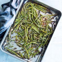 Japchae, Parmesan, Pesto, Green Beans, Vegetables, Ethnic Recipes, Vegetable Recipes, Veggies, Parmigiano Reggiano