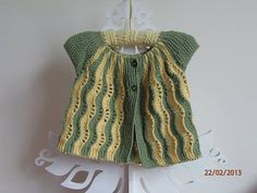 One piece knitting pattern for a A Line lacy, short or long sleeve cardigan for babies & toddlers, 2 lace optionsThis Pin was discovered by Fil Crochet Baby Cardigan, Knit Crochet, Loom Knitting Patterns, Baby Vest, Baby Kind, Baby Sweaters, Baby Wearing, Pattern Fashion, Kids Outfits