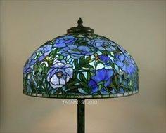 全作品All Work | TAGAMIグラス工房 | ステンドグラスのオーダーメイド制作・販売・教室 Lampshades, Gorgeous Glass, Lamp, Light, Glass, Stained Glass Lamps, Lights, Art Lamp, Ceiling Lights