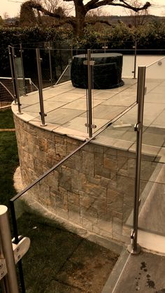 Glass Balustrades Suppliers In Kent Glass Stair Balustrade, Stainless Steel Balustrade, Frameless Glass Balustrade, Glass Balcony, Balcony Plants, Balcony Garden, Outside Stairs, Glass Stairs, Patio Steps