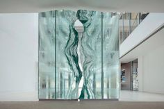 Glass sculpture & glass architectural elements: the often, monumental, glass projects of Danny Lane, London. See Blogroll for a link.   Decanted