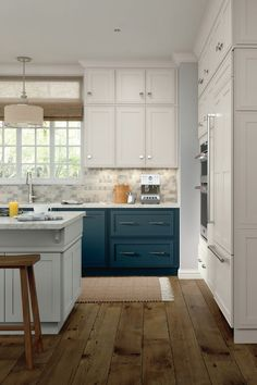 Kitchen Cabinetry Ideas And Inspiration Be Inspired By This Two Tone Kitchen Cabinet Contemporary Kitchen Cabinets Kitchen Renovation Kitchen Cabinets