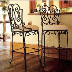 The new European designer furniture , wrought iron bar chairs bar stool chairs high chairs dining chairs home