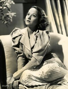 Merle Oberon.....She was nominated for an Academy Award for Best Actress for her performance in The Dark Angel (1935). A traffic collision in 1937 caused facial injuries that could have ended her career, but she soon followed this with her most renowned performance in Wuthering Heights (1939