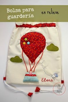 Bolsa para guarderia personalizada Nursery Bag, Diy Baby Gifts, Diy Tote Bag, Fabric Gifts, Sewing Leather, Jute Bags, Patchwork Bags, Leather Projects, Kids Bags