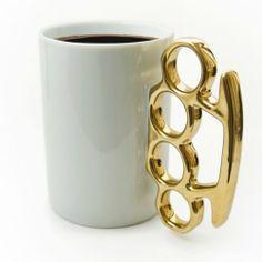 Schlagring Kaffeebecher - weiß & gold: Amazon.de: Spielzeug