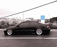 2000 civic vtec thats nice wheels also