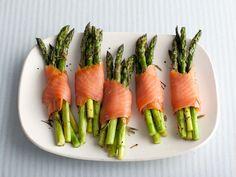 Asparagus and Smoked Salmon Bundles Recipe : Giada De Laurentiis : Food Network - FoodNetwork.com