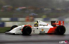 Ayrton Senna al volante del McLaren-Ford MP4-8 Ford