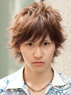 キスマイ藤ヶ谷太輔の髪型で華あるアレンジ|若々しくイメチェンした黒髪ショート|JOOY [ジョーイ]
