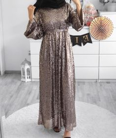 61 Ideas For Dress Hijab Party Fashion Abaya Fashion, Muslim Fashion, Modest Fashion, Fashion Dresses, Modest Dresses, Modest Outfits, Elegant Dresses, Chic Outfits, Pretty Outfits