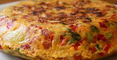Cooking The Mediterranean Countries-Spain Egg Tortilla, Tapas, Argentine Recipes, Argentina Food, Spanish Dishes, Good Food, Yummy Food, Food Diary, Mediterranean Recipes