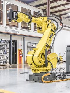 The Industrial Robotic Arm -- An Engineering Marvel Industrial Robotic Arm, Industrial Robots, Industrial Machinery, Mechanical Arm, Mechanical Design, Robot Design, Game Design, Futuristic Technology, Science And Technology
