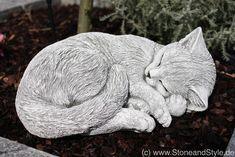 Süße Katzenfigur aus Stein, Beetfigur, Garten Deko, Katze / cute sleeping cat build, garden decoration made by Stone and Stye via DaWanda.com