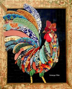 by Solange Piffer Mosaicos on FB Mosaic Animals, Mosaic Birds, Mosaic Crafts, Mosaic Projects, Mosaic Designs, Mosaic Patterns, Broken China Crafts, Chicken Quilt, Mosaic Artwork