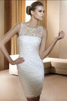 Vestidos ideais para noivas com pouca altura