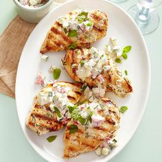 Chicken with Minted Yogurt Sauce