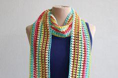Multicolor, langwerpig gehaakt zomersjaaltje met franje. door MeesterMaakt op Etsy
