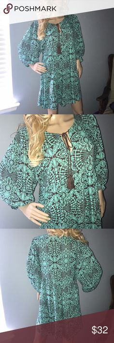 ✨BOHO Dress/ Tunic✨ In like new condition, worn once, cute and trendy flowy dress or tunic, feel free to make an offer Umgee Dresses Midi