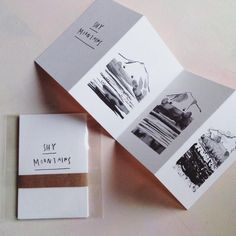 Mini zine of my drawings of shy little big mountains. Inkjet print on high quality paper. Concertina Book, Accordion Book, Design Poster, Graphic Design, Art Zine, Magazin Design, Buch Design, Design Design, Handmade Books